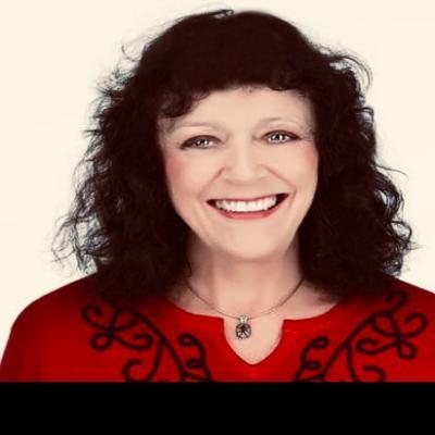 CLICK to visit Loretta Evans's Realtor® Web Site