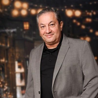 CLICK to visit Lawrence Hernandez's Realtor® Web Site