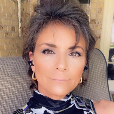 CLICK to visit Rebecca Leal's Realtor® Web Site