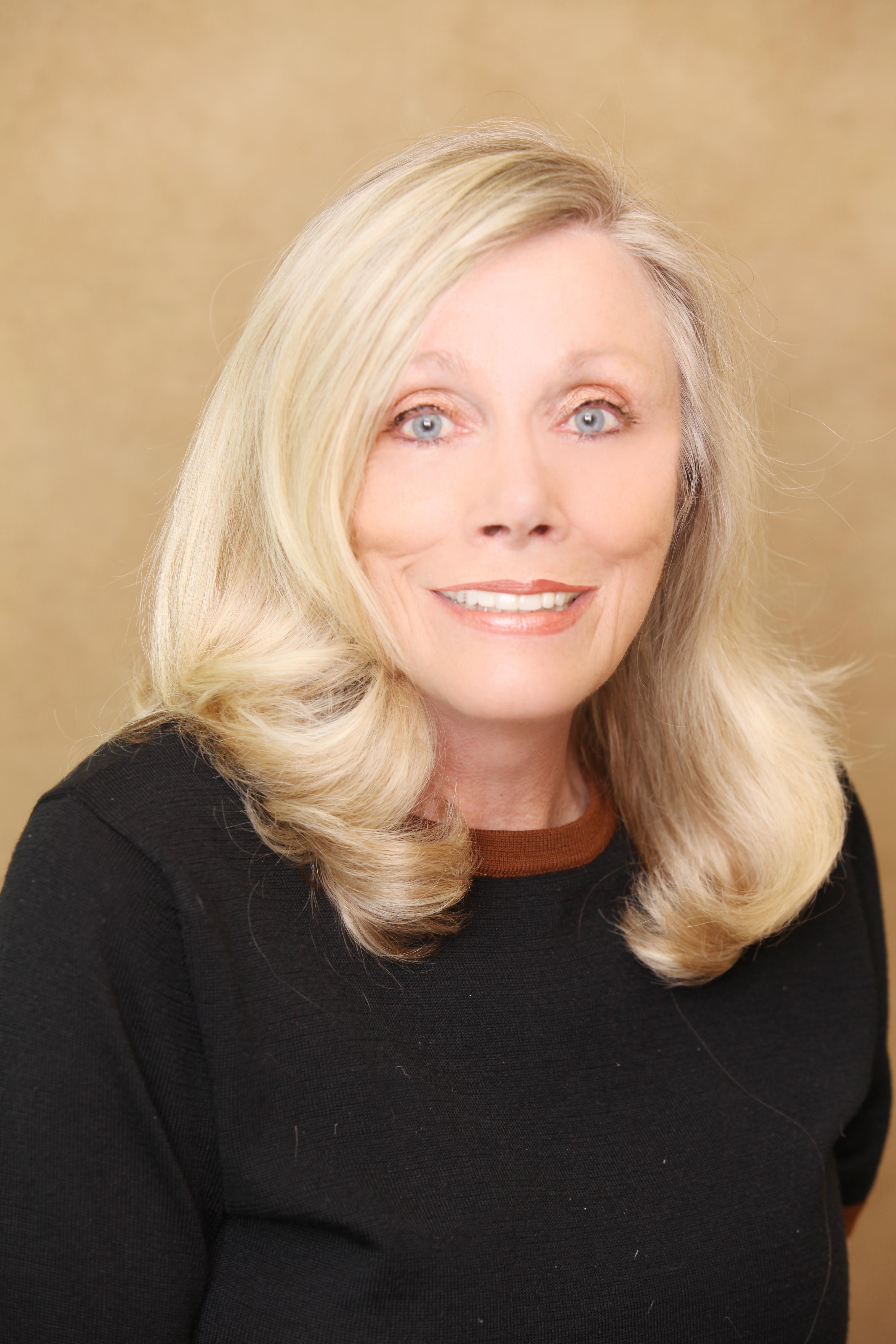 CLICK to visit Elisabeth Boudreau's Realtor® Web Site