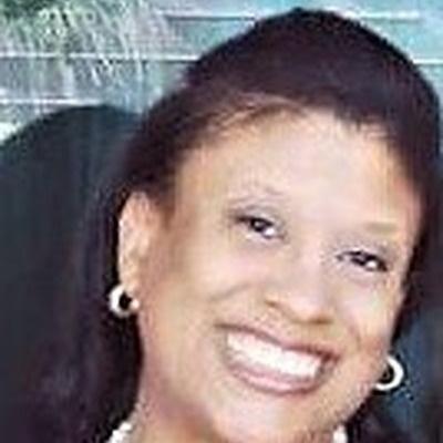 CLICK to visit Tina Roberts's Realtor® Web Site