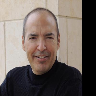 CLICK to visit Ricardo Diaz's Realtor® Web Site