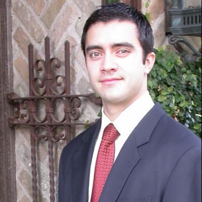 CLICK to visit Fernando Aramburo's Realtor® Web Site