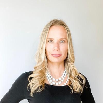 CLICK to visit Amanda Lyles's Realtor® Web Site