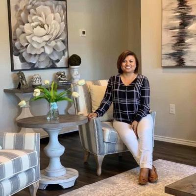 CLICK to visit Sylvia Reyes's Realtor® Web Site