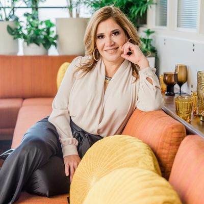 CLICK to visit Jeannette Cantu's Realtor® Web Site