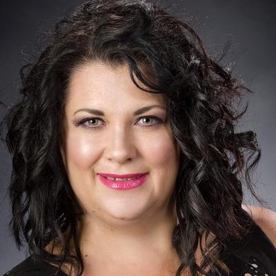CLICK to visit Dee Ann Castanie's Realtor® Web Site