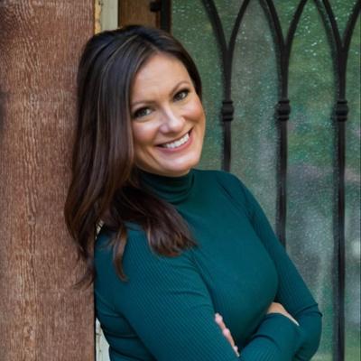 CLICK to visit Alexandra Mason's Realtor® Web Site