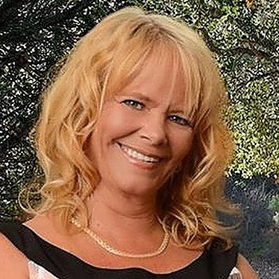 CLICK to visit Susan Rakestraw's Realtor® Web Site