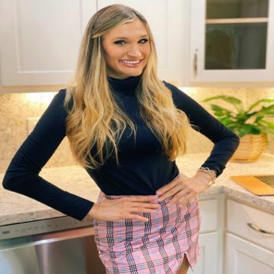 CLICK to visit Lauren Donohue's Realtor® Web Site