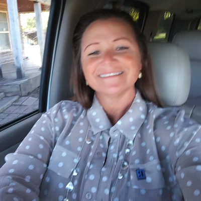 CLICK to visit Rhonda Jones's Realtor® Web Site