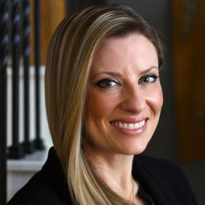 CLICK to visit Amanda Petree's Realtor® Web Site