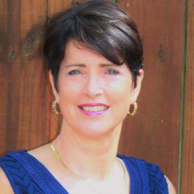 CLICK to visit Brenda Follis-Lengyel's Realtor® Web Site
