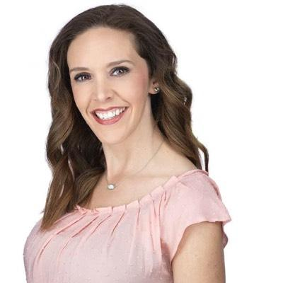CLICK to visit Nicole Agnew's Realtor® Web Site