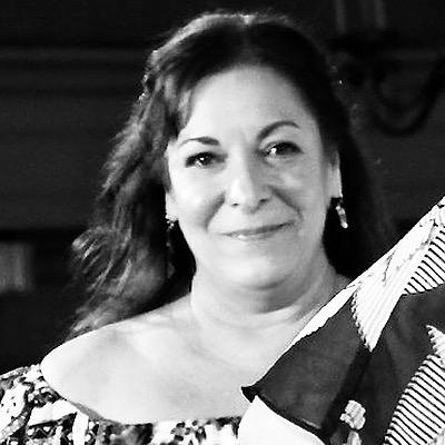CLICK to visit Darlene Toloudis's Realtor® Web Site