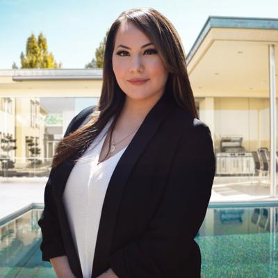 CLICK to visit Sara Molina's Realtor® Web Site