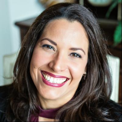 CLICK to visit Raquel Medina's Realtor® Web Site