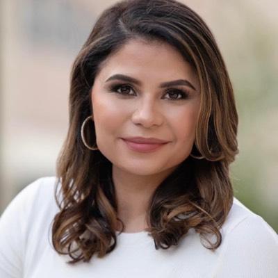 CLICK to visit Claudia Arauza's Realtor® Web Site