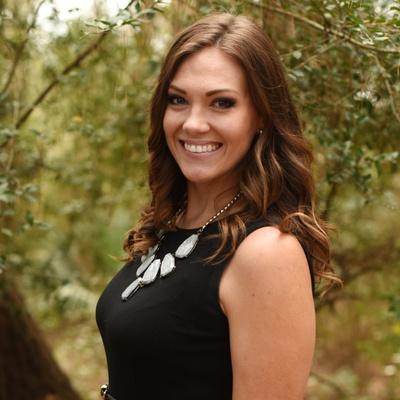 CLICK to visit Robyn Dukehart's Realtor® Web Site